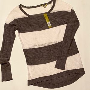 NWT Gianni Bini small long sleeve casual top